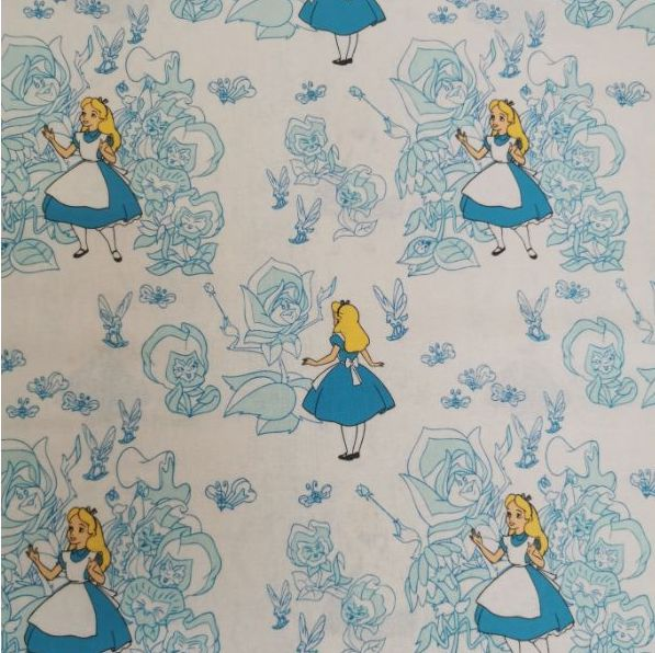 Fondo blanco con dibujos de Alicia, el clásico personaje de la literatura. Siluetas de rosas en tono azul.