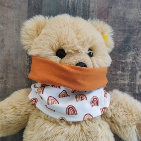 buff chvmarket handmade con tela FFB-80100-016 en un oso de peluche