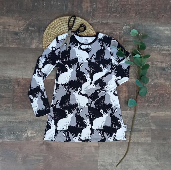 vestido Paapii Design ByW conejos PAP-90VES01-152 tela PAP-90100-009 chvmarket