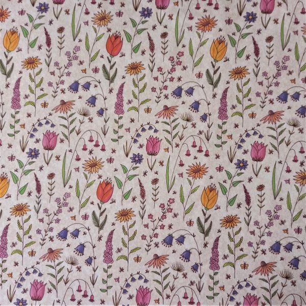 dibujos de plantas y flores sobre fondo beige